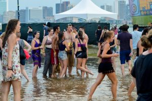 Pool Part at Mo-Pop 2015. Photo by: Ryan Blair- FestivalForecast.com